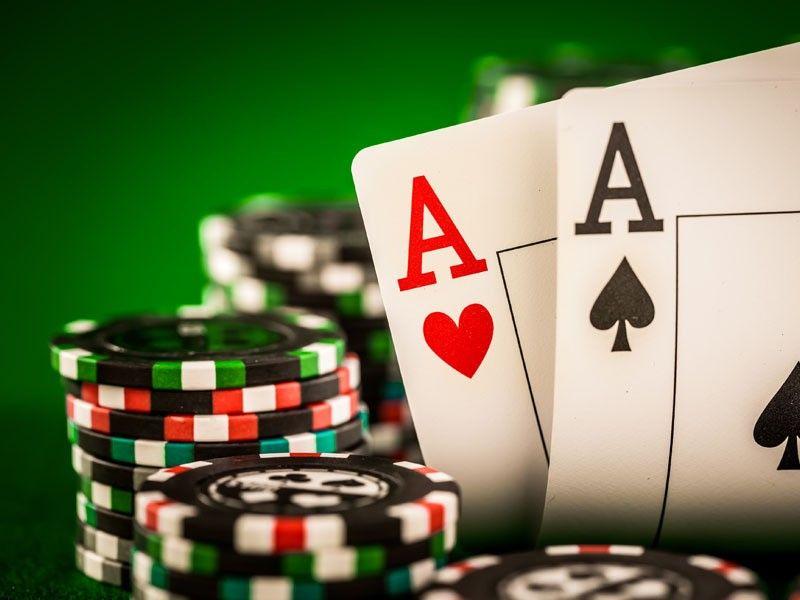 Poker Mescle agressividade com cautela