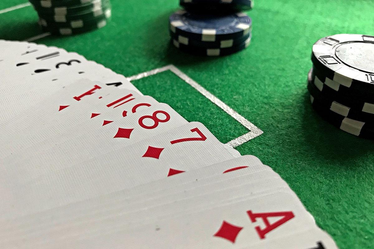 Entenda o fold equity no poker